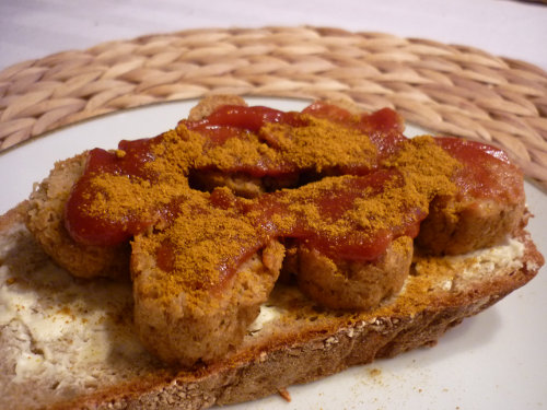 2014-01-27 Veganes Curry-Wurst-Brot
